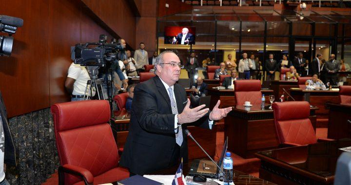 Senadores Danilistas aclaran motivo de reunión en el Congreso