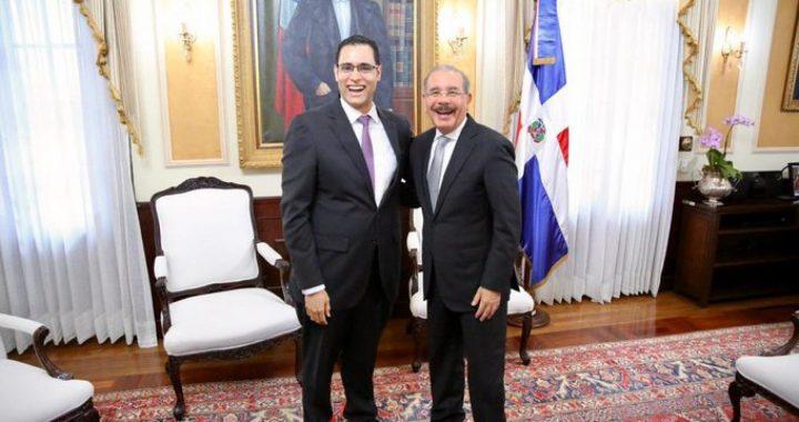 Presidente Medina juramenta a Juan Ariel Jiménez (Feluchito) como ministro de Economía
