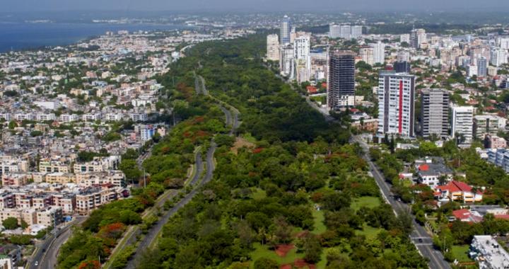 ¿Quitarle 10 metros lineales al Parque Mirador Sur? La propuesta genera controversia