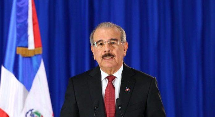 Gobierno planea abrir la economía a partir 11 mayo