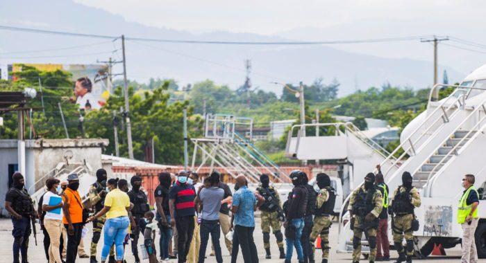 ESTADOS UNIDOS COMIENZA DEPORTAR HAITIANOS ILEGALES.