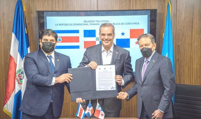 COSTA RICA ANUNCIA ESTE MIERCOLES REUNION PANAMA Y REPUBLICA DOMINICANA.